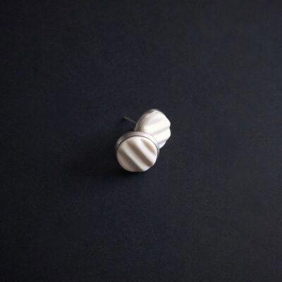 Boucles d'oreilles puces Sand Artapaon